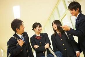 東日本国際大学附属昌平高等学校(通信制)制服画像